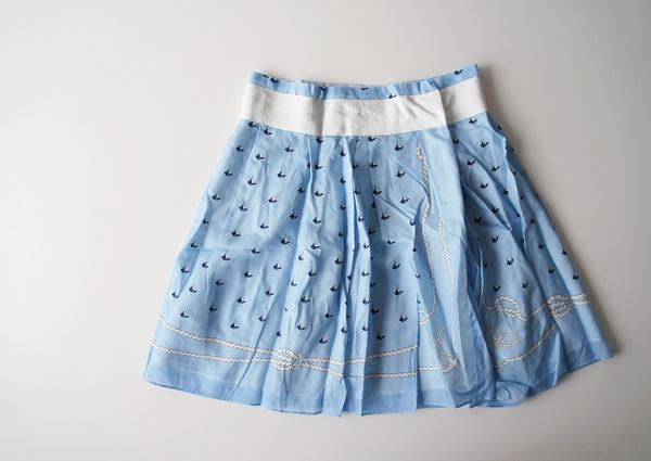 sacai luckヨットプリントサテンスカート