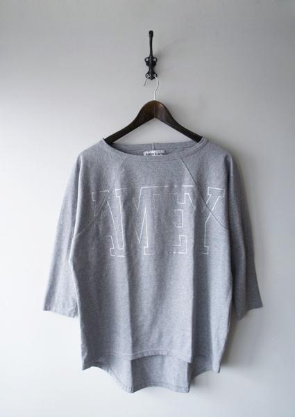 AMEY ロゴラグランTシャツ