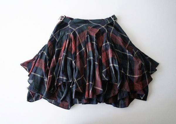 チェック柄ボリュームスカート