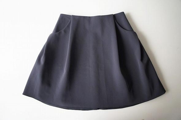 イリプスフレアー スカート