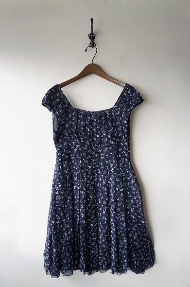 シルクフラワープリント ドレス