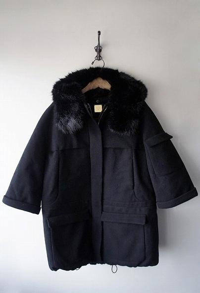 メルトンフーテッドコート