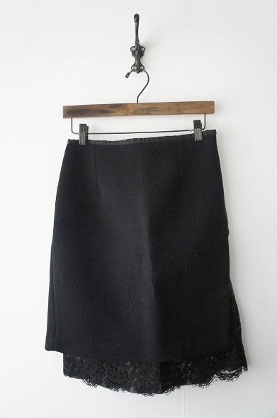 ウールフレアレーススカート