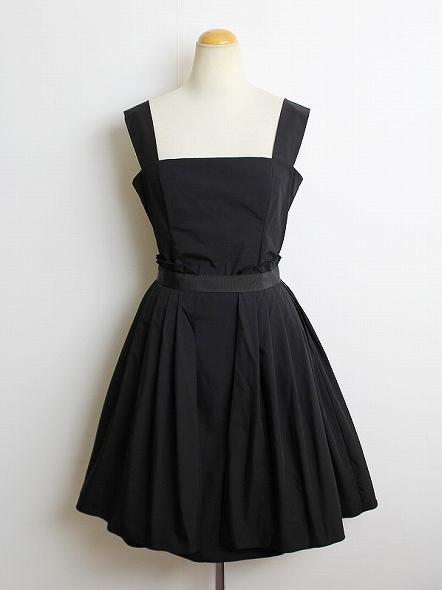ダブルスタンダードドレス