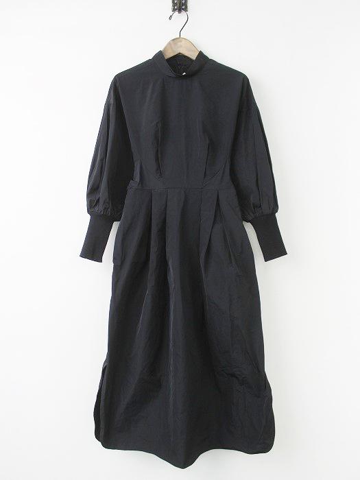 ポリエステル リブ スリーブ タック ドレス